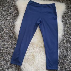 """5/$25"" Sz S Blue Yogalicious Capri Leggings"